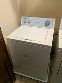 white top-load clothes washer Charleston, 25306