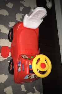 Mickey Mouse fire engine ride car