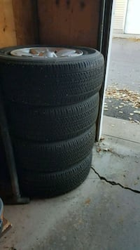 Original rims and tires from Toyota Tacoma 2010 Calgary, T2A 6S1