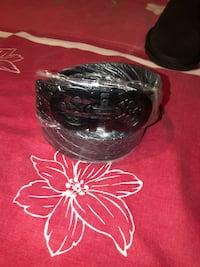 black and clear glass bowl Manassas Park, 20111