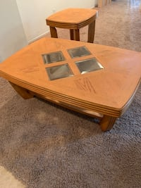 Coffee table and end table. Both are solid Oak Wood. Good condition.