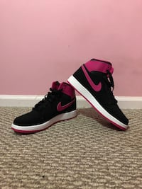 shoes air jordan- never been used