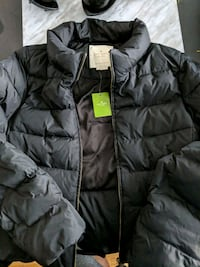 Kate Spade size small to medium puffer jacket NEW  New Westminster