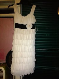 white and black sleeveless dress Windsor, N8W 3W4