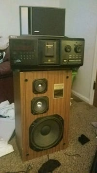 brown and black audio component Dayton, 45414