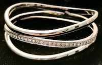 Absolutely Gorgeous Fifth Avenue Collection Bangle! Beaumont, T4X 1T6