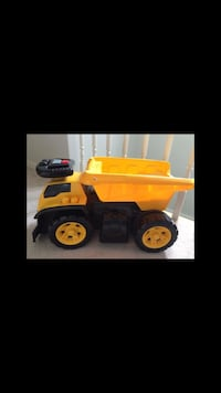 yellow and black dump truck toy Guelph, N1G