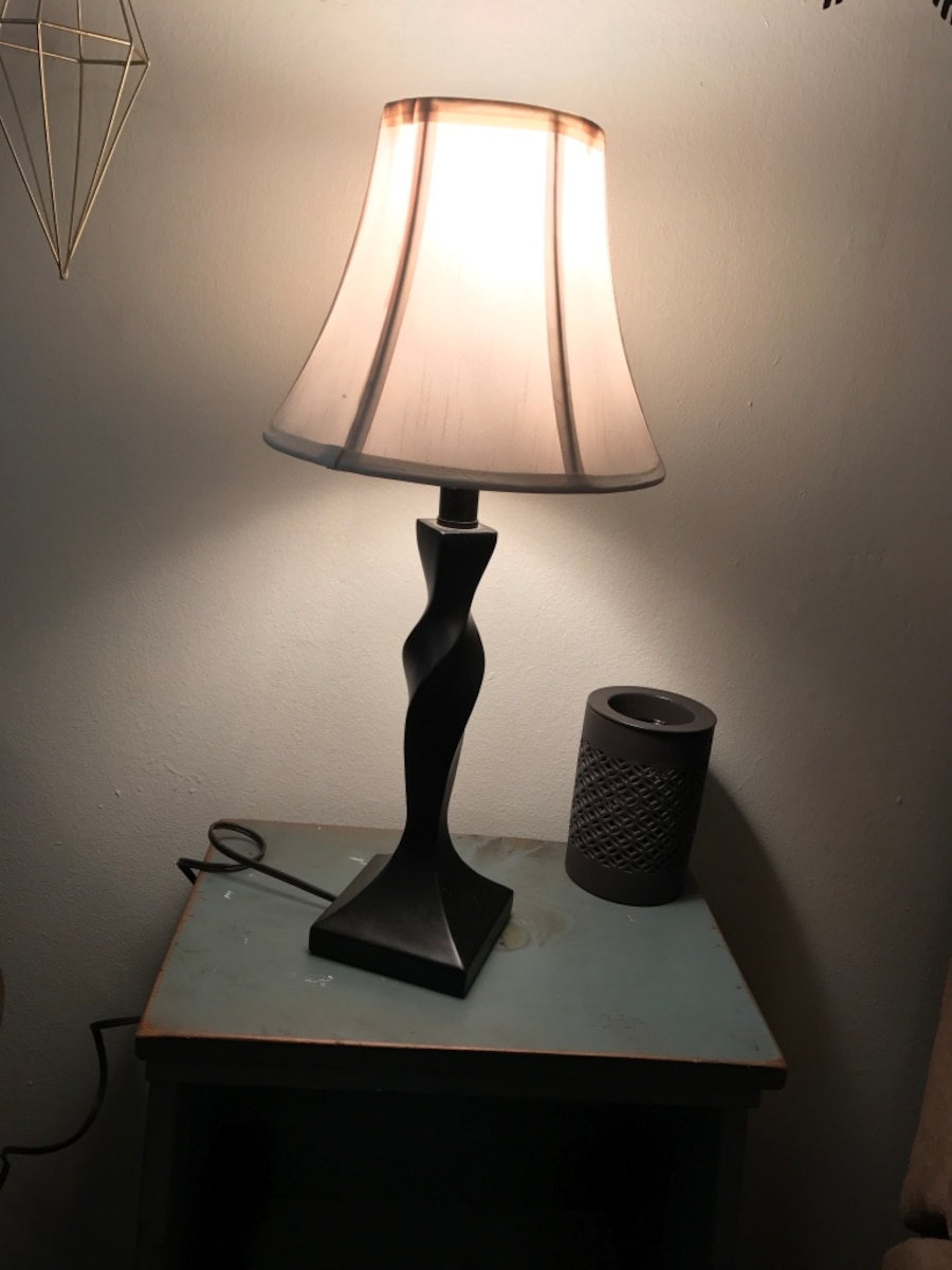 black wooden base white shade table lamp in the village letgo. Black Bedroom Furniture Sets. Home Design Ideas