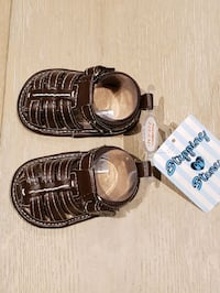 Baby sandals size 3 3-6 months brand new Mississauga, L5G 2A3