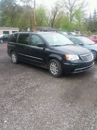 Chrysler - Town and Country - 2011 Diamond