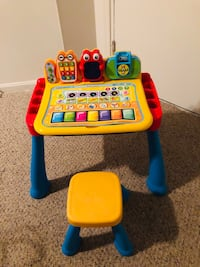Touch & Learn Activity Desk Frederick, 21701