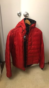 Canada Goose Lodge men's  M jacket hooded  Washington, 20024
