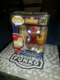 Light up iron man exclusive funko pop  Toronto, M1L 2T3