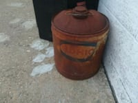 Decorative vintage Sohio gas/oil can