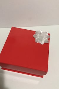 Red big gift box and white small box Springfield, 22150