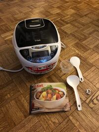 T-Fal 10-in-1 Rice cooker and multi-cooker  Toronto, M9R 3S8