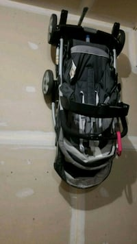 baby's black and gray jogging stroller Odenton, 21113