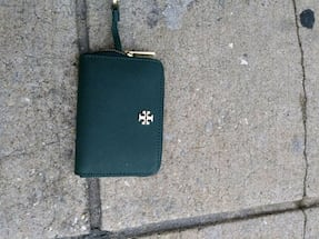 Tory burch small green wallet