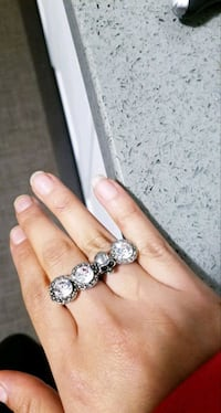 Bling Duo Ring  Toronto, M6A 2W4
