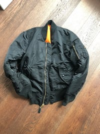 black bomber jacket mens size small Vancouver, V6B 2R5