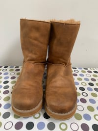 Skechers women's boots size 8, pick up only Toronto, M6K 1X2