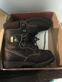 6-inch black leather work boots with box