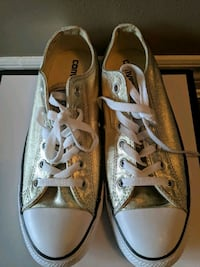 New! Converse Size 9 ladies/ 7 Mens  Brampton, L6P