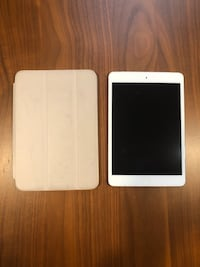 iPad mini lte with Apple smart case  Washington, 20010