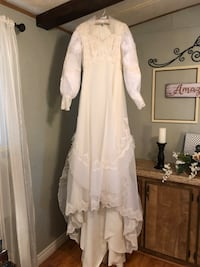 White floral lace long sleeve wedding dress