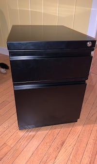 Black rolling office cabinet with lock