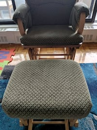 rocking chair with foot stool Toronto, M1L
