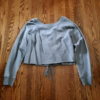 Cropped Sweater  St. Catharines, L2M 4G8