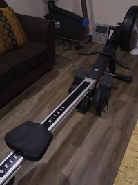 It is a rowing machine I am 5 9 Barrie, L4N 5E3