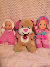 Fisher price dog and dolls  47 km