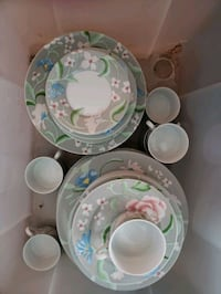 Beautiful China Set Louisville, 40205