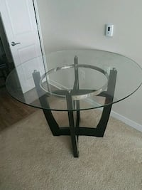Round Glass Top Dining Table Fairfax, 22031
