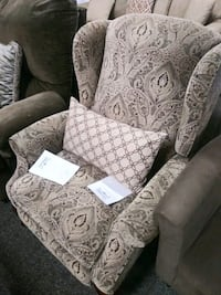 Victorian style recliner Cape Coral, 33909