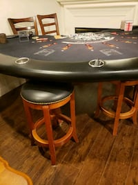 Original casino table with 4 chair