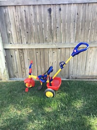 Push and steer tricycle