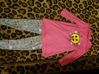 Girl's Tunic & Leggings Outfit.  GENTLY USED! Clovis, 93611