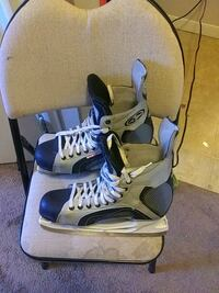 pair of white-and-blue inline skates Spruce Grove, T7X 2T1