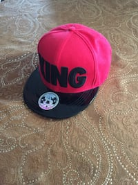 red and black fitted cap Chula Vista, 91913