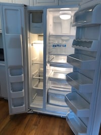 GE 23.2 cu. ft. Side by Side Refrigerator in White   Hoboken