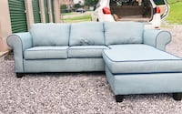 Reversible sectional sofa (negotiable price) Cleveland, 37311