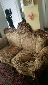 brown and beige floral fabric sofa Montreal, H3R 3L4