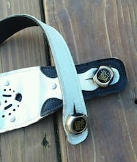 white and black leather belt New Holland, 17557