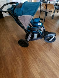 baby's blue and black jogging stroller Sebastian, 32958