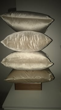 Gorgeous! Satin pillows (Champagne colour) Montréal, H3G 2K1