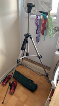 Camera Tripod /w Carrying Bag Toronto