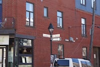 Large 5 1/2 completely renovated in Montreal. null